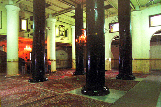 demak_interior_masjid.jpg
